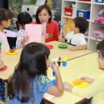 Kindergarten(右)